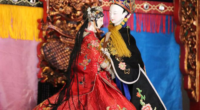 Chen Hsi-Huang Traditional Glove Puppet Troupe