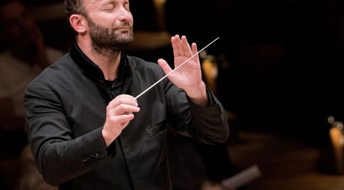 Kirill Petrenko conducts Strauss, Shostakovich and Norman