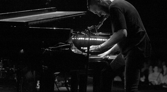 Shlomi Shaban and the Piano – live